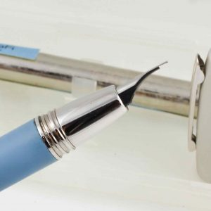Details about Delta Y2K Blue Fountain Pen