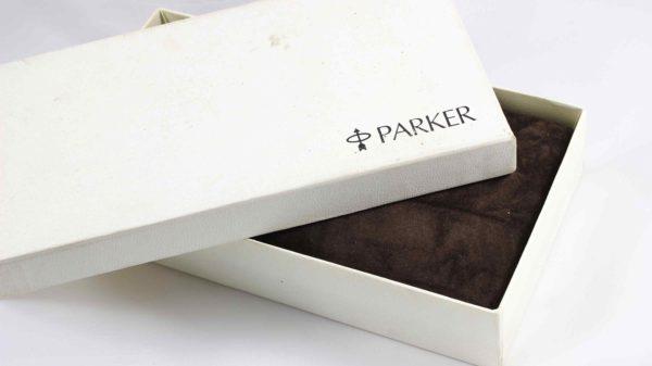 Parker Duofold Centennial Silver Fountain Pen - 18K 750 Gold Nib F