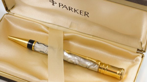Parker Duofold Centennial Black and Pearl Ballpoint